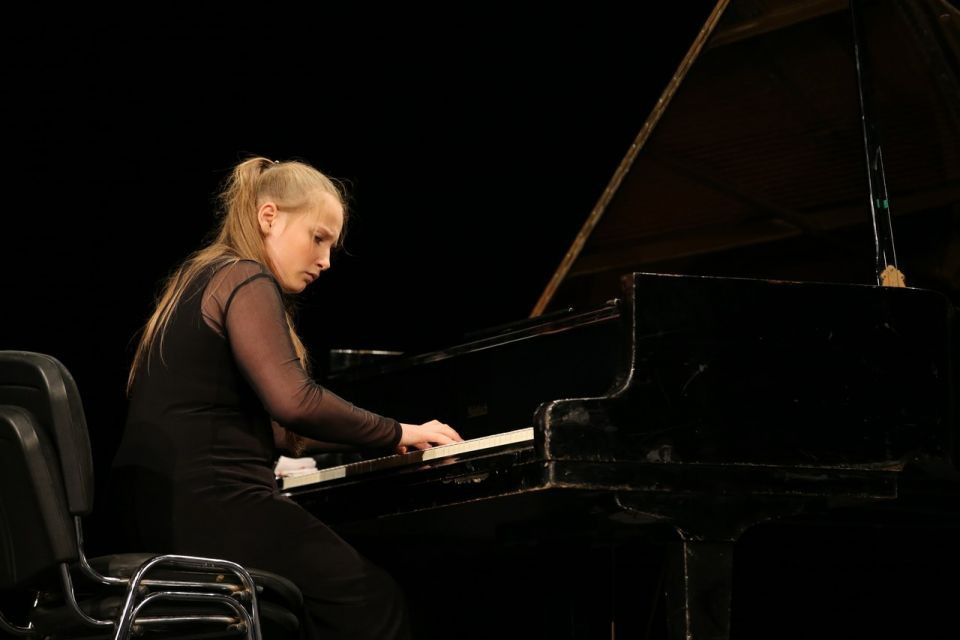 VI Open piano contest «Virtuozni Samocvity»
