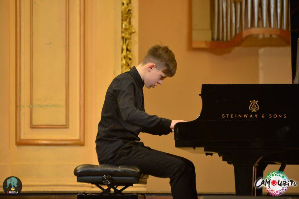 VIII Competition of pianists
